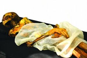 Une momie fumeuse de pot