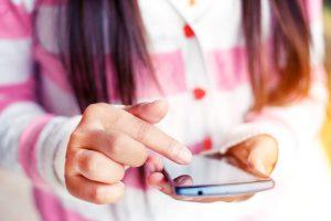 Cellulaires interdits dans les écoles: je suis d'accord!